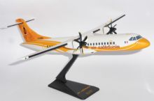 ATR-72-500 Air Caledonie France Socatec Collectors Model Scale 1:100 F-OIPS  E